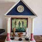 Reconstructed_Roman_house_altar_in_the_Painting_House.